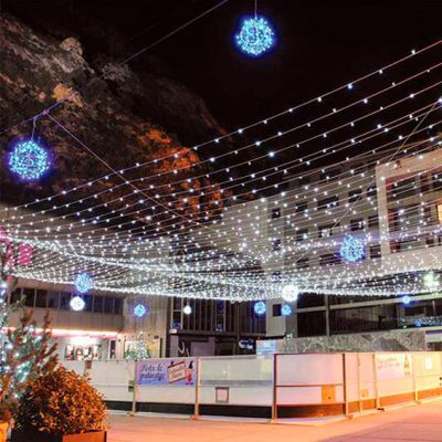 Como llenar el cielo luces cortinas luces Navidad