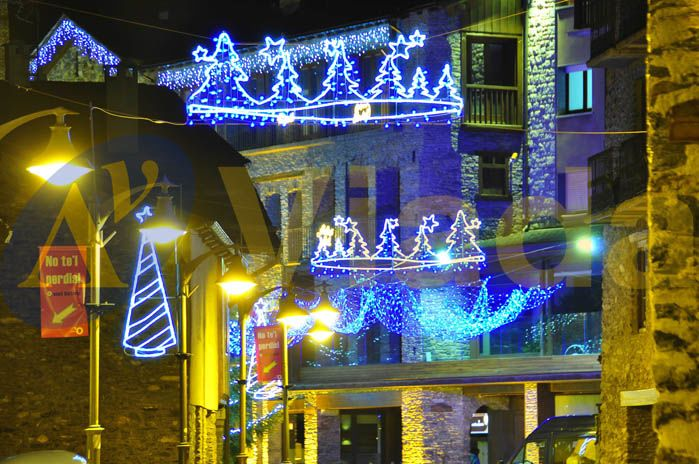 Luces de navidad de exterior for Luces navidad exterior