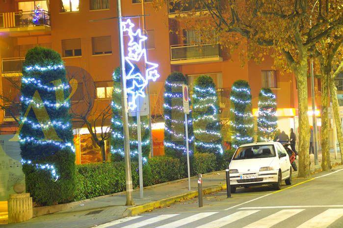 Luces de navidad para exteriores for Guirnaldas de luces para exterior